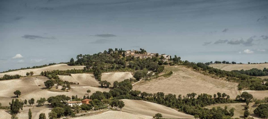 camattei-luxe-design-villa-vakantiehuis-Italië-Toscane-Marche-Locatie-montesecco