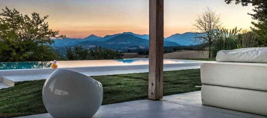 camattei-luxe-design-villa-vakantiehuis-Italië-Toscane-Marche-Locatie-tuin