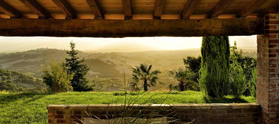 camattei-luxe-design-villa-vakantiehuis-Italië-Toscane-Marche-Reservatie-tuin