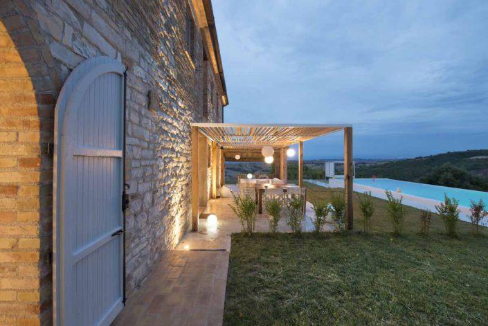 camattei-luxe-design-villa-vakantiewoning-vakantiehuis-italie-Toscane-Marche-terras