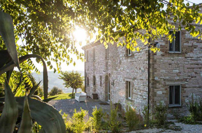 camattei-luxe-design-villa-vakantiewoning-vakantiehuis-italie-Toscane-Marche-zonsopgang