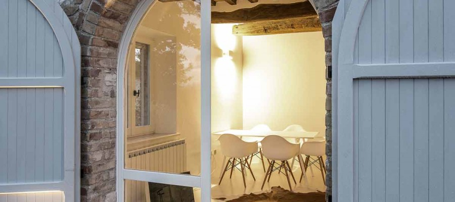 camattei-luxe-design-villa-vakantiehuis-Italië-Toscane-Marche-Architectuur-gastenverblijf
