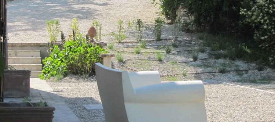 camattei-luxury-design-villa-holidayhome-holiday-Italy-Toscany-Marche-reservation-entrance