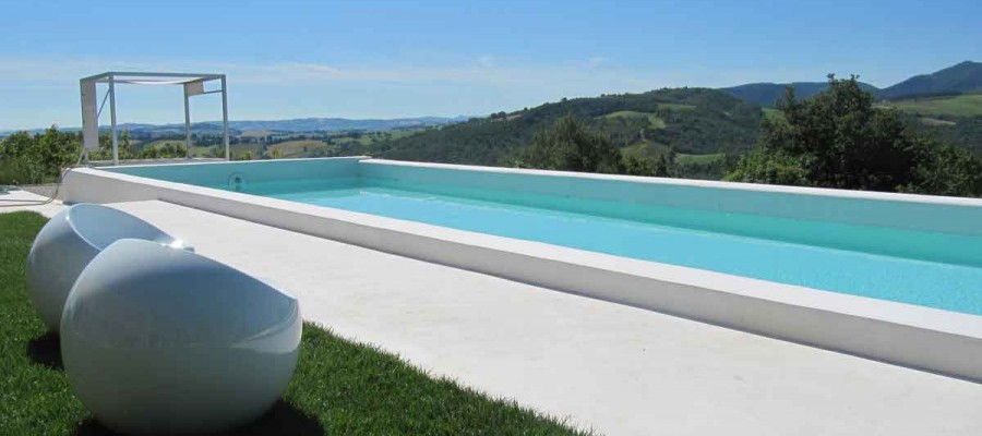 camattei-luxury-design-villa-holidayhome-holiday-Italy-Toscany-Marche-reservation-infinity-pool